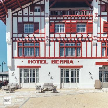 Hôtel Berria Hasparren façade