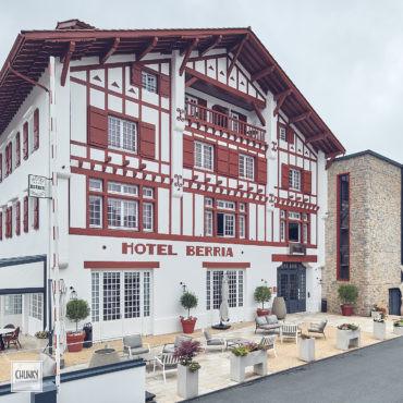 Réhabilitation du trinquet hôtel Berria à Hasparren 1