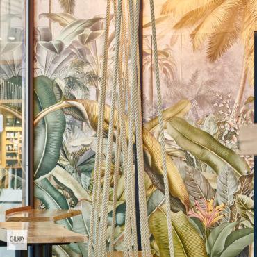 Focus mobilier sur-mesure pour le projet d'aménagement d'un restaurant indonésien à Saint-Pierre d'Irube, dans la galerie du centre commercial Ametzondo